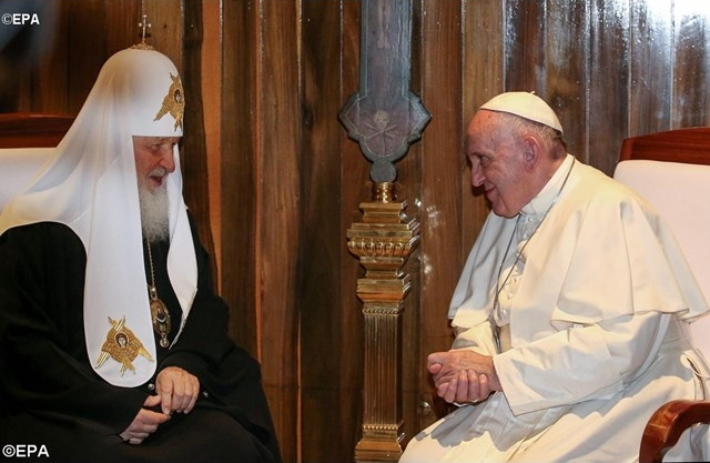 Patriarch Kirill of Moscow and Pope Francis meeting in Havana, Cuba on February 12, 2016. This was the first meeting between a reigning pope and a patriarch of Moscow
